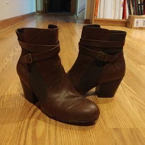 A2 Aerosoles Boots